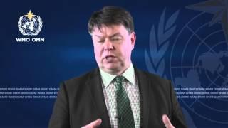 WMO's Petteri Taalas congratulates UNIDO on its 50th anniversary