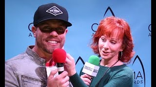 Reba McEntire Giving an Anxious Dustin Lynch Advice is Presh!