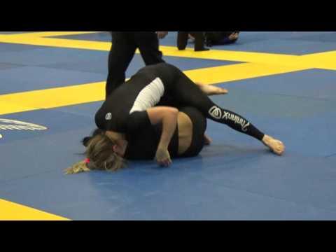 Kristina Barlaan vs Patricia Fontes Black Belt Adult Female Feather Final 2016 San Jose No Gi Open