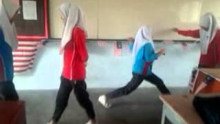 Budak Sekolah main OSOM