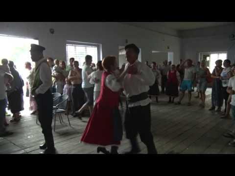 Szybki i ostry oberek wspaniale zatańczony oraz zagrany przez harmonistę Sławomira Rutkowskiego 2015