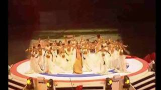 Aishwarya Rai's Performance - Commonweath Games Opening Ceremony - 2006