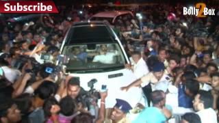 Salman Khan reaches home | Bolly2Box
