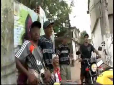 entrevistando traficantes do morro carioca