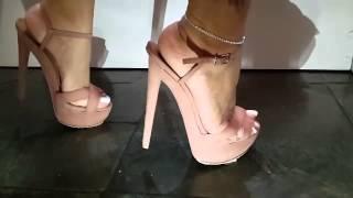 Sandals crush