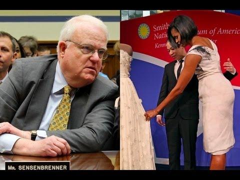 (R): Michelle Obama Has Big Butt