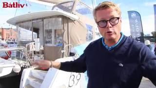 Øyvind Loven om bord i Lagoon 39