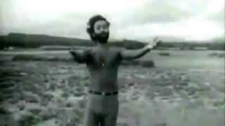 Bangla old Movie Song- Happy Akhand   Abar Elo Je Sondha Ghuddi