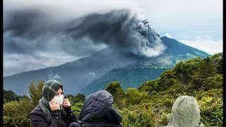 Mount Sinabung Eruption In Indonesia Kills Villagers, Turrialba Volcano Erupts In Costa Rica