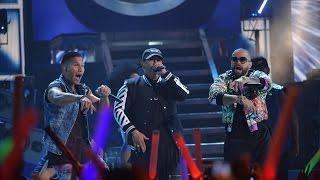 Chino y Nacho ft. Daddy Yankee - Andas En Mi Cabeza - Shaky Shaky (Premios Juventud 2016)