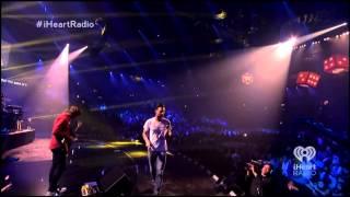 Maroon 5 - Love Somebody (iHeartRadio Music Festival 2013)