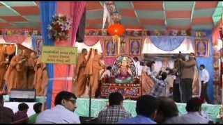 SANT DIKSHA & GADI ABHISHEK at satsangijivan parayan 1/1/2013.