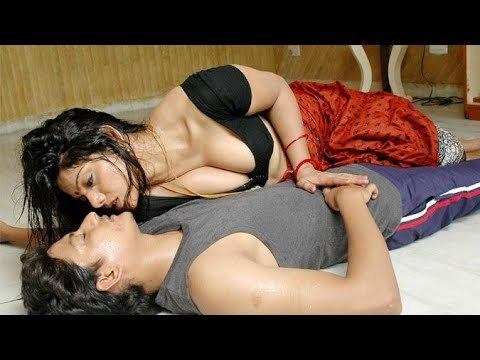 Xxx Mp4 मेरी भाभी बहोत सेक्सी है Devar Bhabhi Ki SuhagRaat Bhabhi Ko Akele Me Pyaar Se Dala 3gp Sex