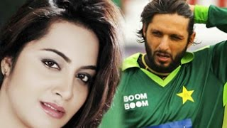 Arshi Khan Had Sex With Shahid Afridi! | Hot Bollywood News | Pakistan | Poonam Pandey