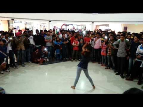 Flash Mob On Valentine at Wave Mall Jammu