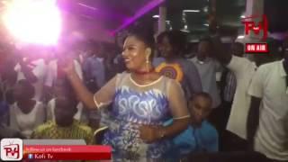 PREGNANT OBAAPA CHRISTIE PERFORMS AT KWAMENA@10 LIVE WORSHIP
