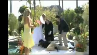 Epic Wedding Fails مواقف محرجة في حفل الزفاف