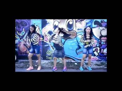 Buka bukaan Barakatak Cover by Kembar and Friends