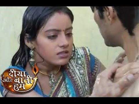 Xxx Mp4 Sandhya Of Diya Aur Baati Hum GETS INTIMATE With Actor In Front Of Husband 31st March Full Episode 3gp Sex