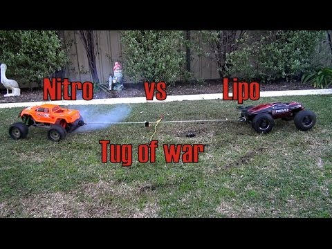 Tug of war Nitro Savage vs Brushless e-Revo