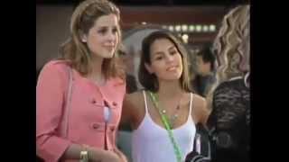 Rebeldes RECORD - Alice e Roberta chegam no colegio