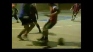 YouTube   STREET SOCCER NEW MEJORES JUGADAS FUTSAL VOL 7 FREESTYLE SKILLS TRICKS 08