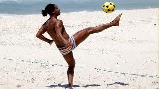 Ronaldinho Crazy Footvolley Skills Compilation !!