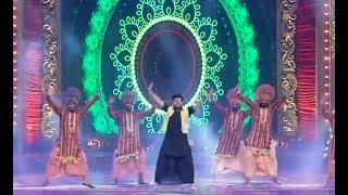 Punjabi Bhangra Performance on Bollywood Dance Medley At PTC Film Awards 2018