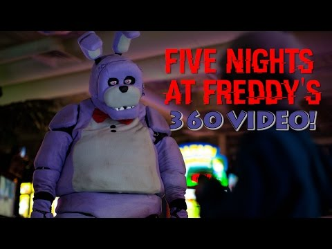 Five Night's At Freddy's in Real Life! 360 VIDEO - SCARY!