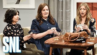 Girlfriends Game Night - SNL