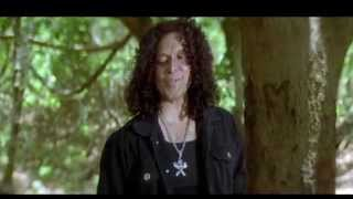 Drona Movie   Fight Scene Between Nitin, Kelly Dorji's Group In The Jungle