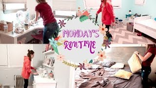 Clean With Me! MONDAY'S cleaning routine!