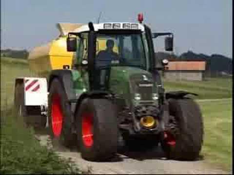 Fendt 400 Tractor