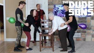 Balloon Hump Challenge - The Dudesons