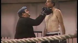 Chespirito (1984): 25. Botija, el boxeador