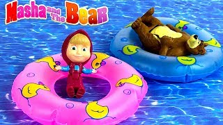 MASHA AND THE BEAR ON VACATION AT THE BEACH MAKING SANDCASTLES SLIDING & PLAYING - STORY
