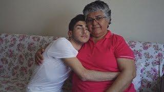 BBC #GrannyWisdom Projesi I Anneannem ile Soru Cevap