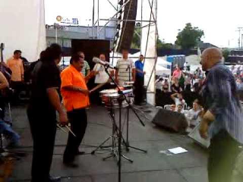 El Rey del Timbal Oscar D Leon y Leopoldo Blanco