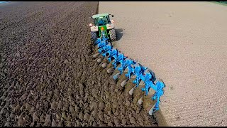 Ploughing w/ John Deere 8360R & 9 furrow Lemken Diamant 12 | ERF B.V. | Pflügen