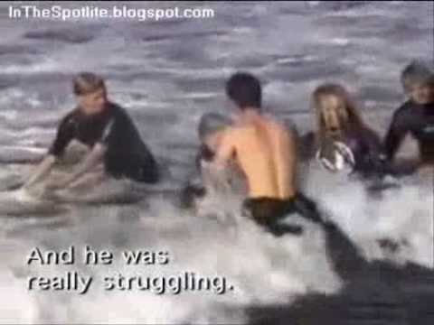 Surfing Shark Attack with Two Great White Sharks 4.5 meters 2besaved