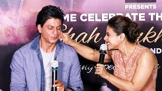 Kajol Gets NAUGHTY With Shahrukh Khan @ Dilwale 2nd Trailer Launch