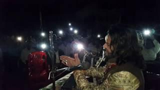 Junaid sultani perform under mobile lights!!!! Wat a Show