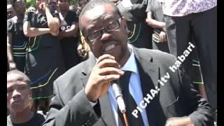 Maelfu ya waombolezaji washiriki katika mazishi ya msanii Steven Kanumba jijni Dar Es salaam