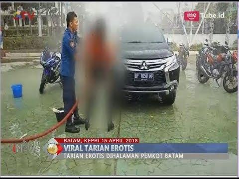 Xxx Mp4 Heboh Tarian Erotis Di Pesta Rakyat Engku Putri Depan Pemkot Batam BIP 16 04 3gp Sex