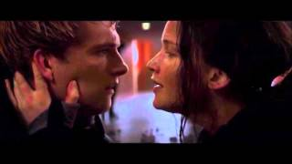 The Hunger Games: Mockingjay Part 2 - Stay With Me scene