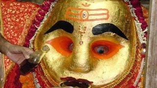 Kaal Bhairav Drinking Alcohol (Kaal Bhairav Temple - Ujjain Unedited shot) | काल भैरव उज्जैन