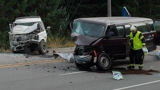 Tv-profil död i våldsam bilkrasch