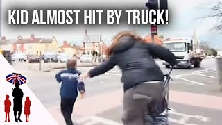 Panic As Young Child Runs Towards Busy Road | Supernanny