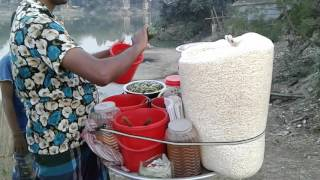 street food dhaka - Rod food in Bangladesh - testy  Jalmuri Street Food