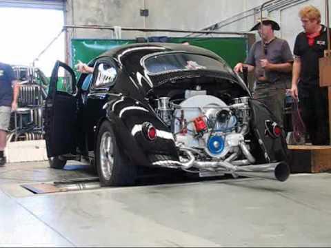 Rod Richardson Black Chopped VW Beetle on Dyno 2276cc